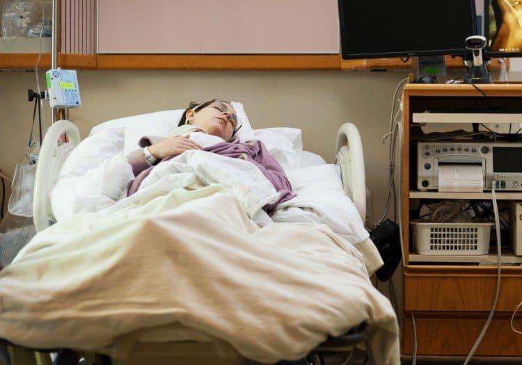 Jak towarzyszyć umierającemu na raka?