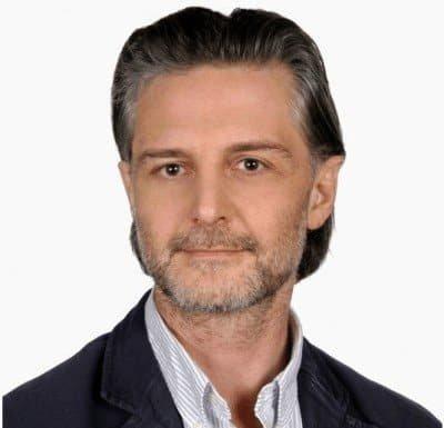 chirurg Aleksander Grous