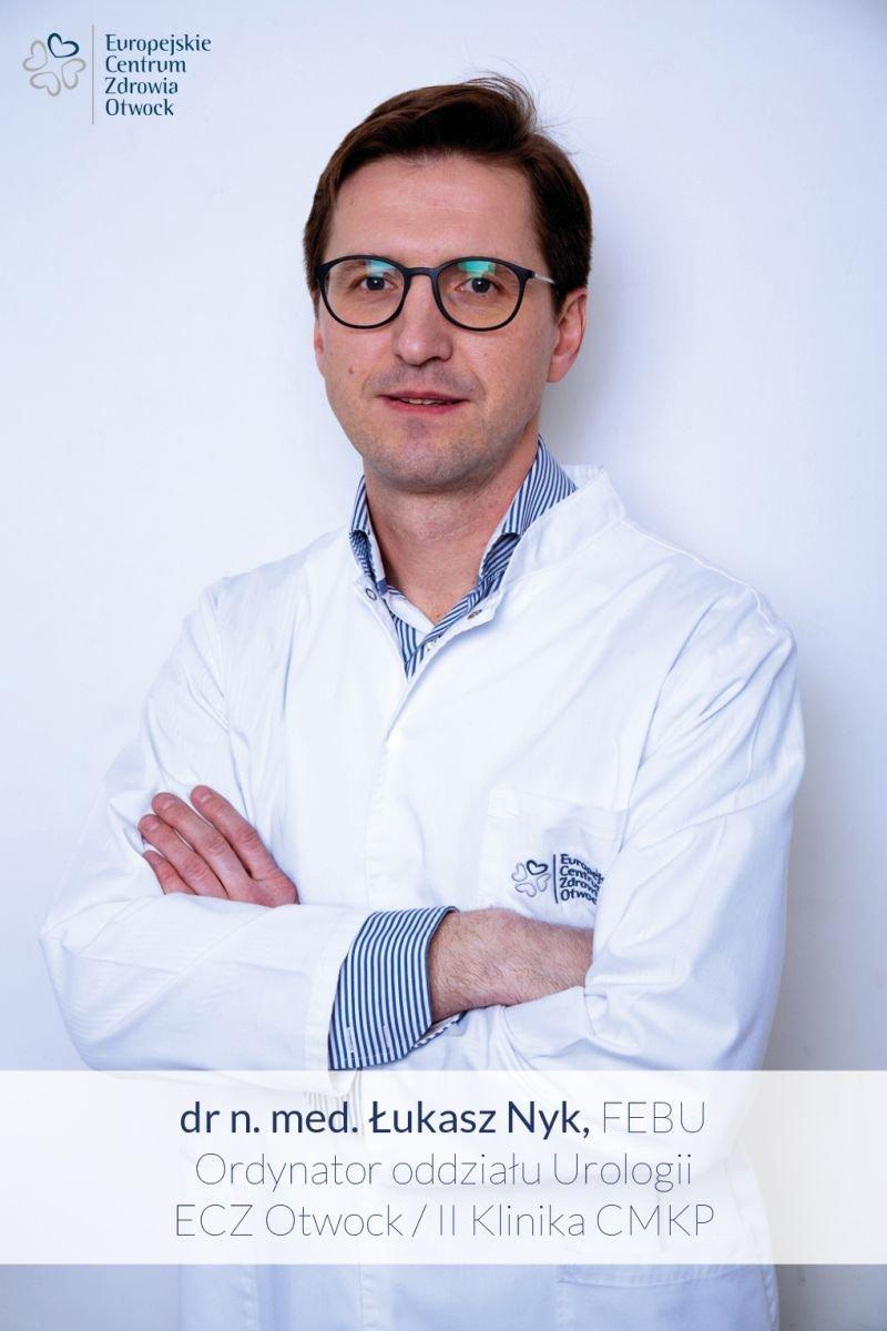 dr Łukasz Nyk, robot da Vinci