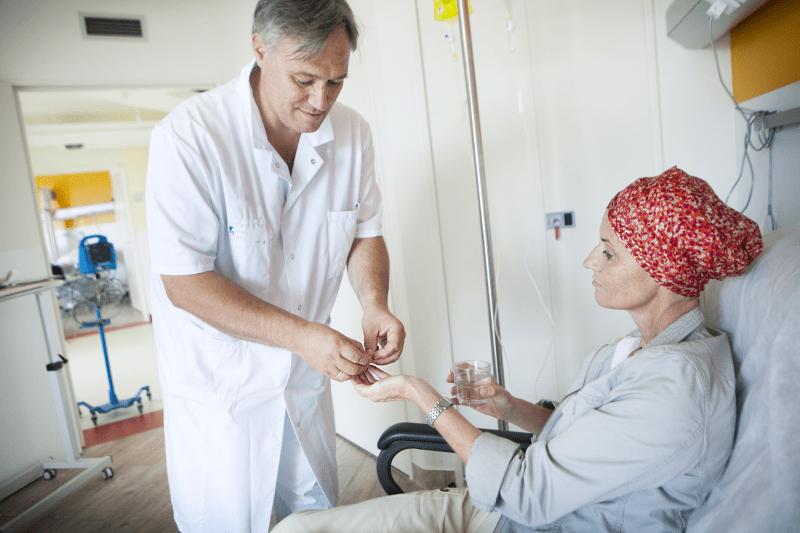 Leczenie wspomagające u pacjentów onkologicznych – wywiad z ekspertem
